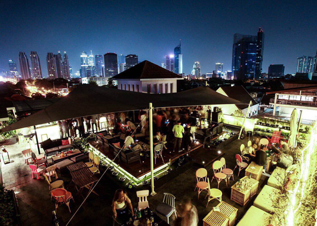 rooftop bar terjangkau-por que no